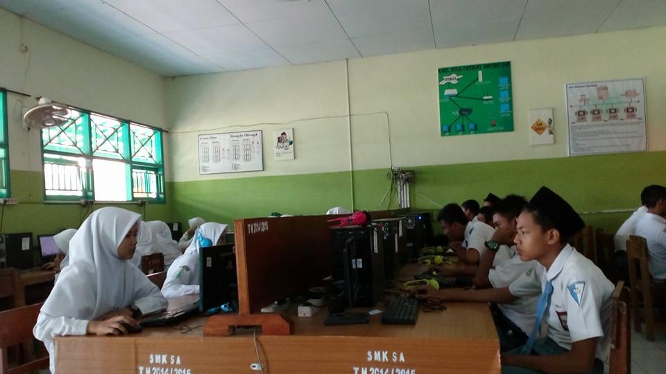 UNBK 2017 SMK Syafi'i Akrom Kota Pekalongan