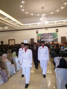 Wisuda SMK Syafi'i Akrom